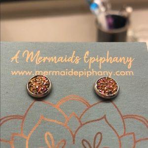 ⭐️Beautiful Stud Earrings